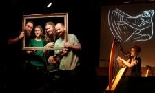 Leonora Hesse feat. Alex, die Harfe (D)